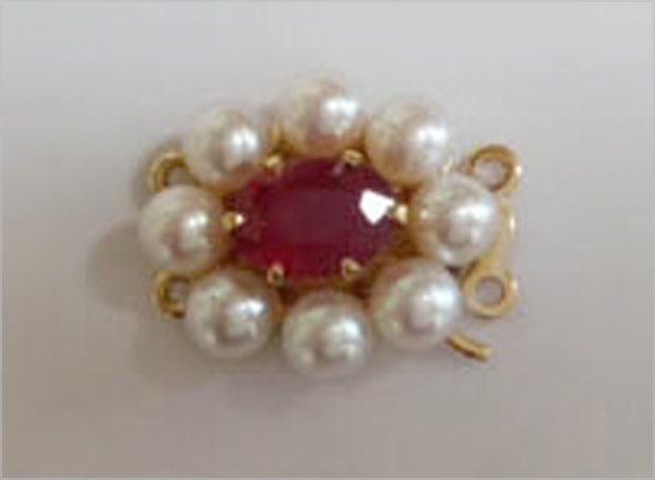 9ct YG clasp with ruby
