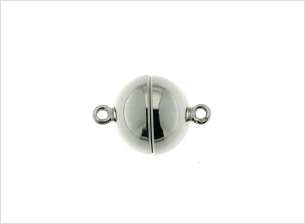 Magnetic clasp